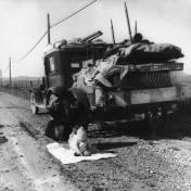 depression_migrants_ca_truck
